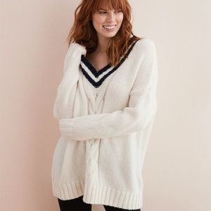 New Aerie Oversized Chunky Deep V Knit Sweater